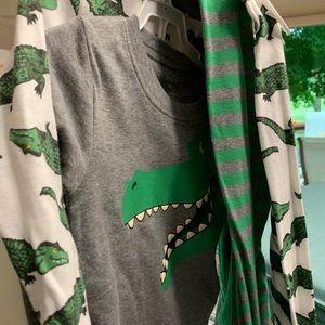 Brand new Carters Boys Pajamas size 4T